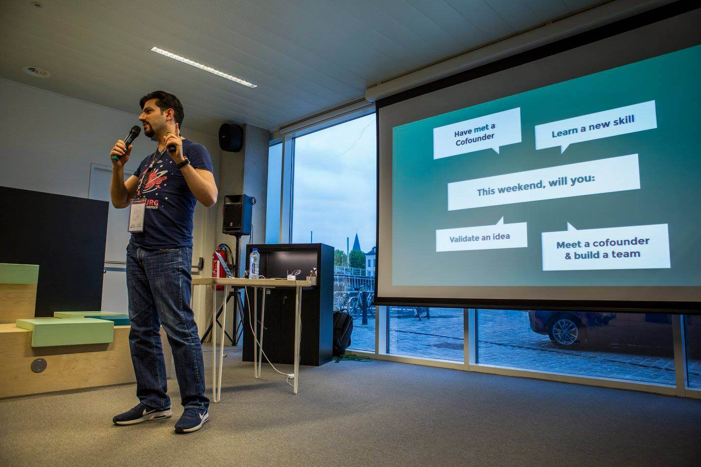 Startup Weekend Ghent 2017 moderated by Serhat Kaya